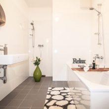 Wohnung Badezimmer (2)